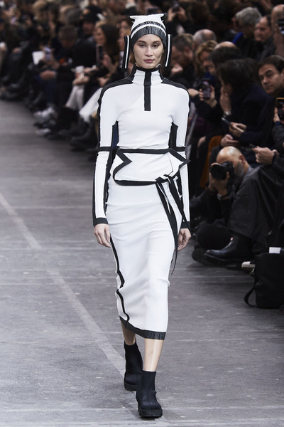 Issey Miyake at Paris Fall 2020 [stock photography,fashion,fashion show,runway,fashion model,clothing,public event,haute couture,shoulder,joint,neck,issey miyake,fashion,runway,fashion week,photography,model,fashion model,paris fashion week,fashion show,issey miyake,paris fashion week,runway,fashion show,fashion week,autumn,fashion,photography,stock photography,model]