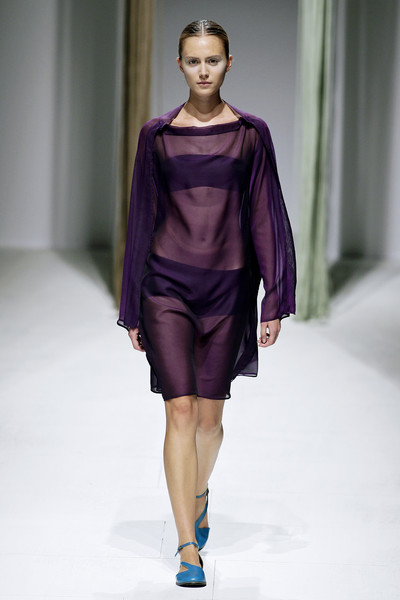 Issey Miyake at Paris Spring 2009 [fashion show,fashion model,fashion,runway,clothing,shoulder,fashion design,public event,dress,event,issey miyake,supermodel,runway,fashion,model,haute couture,meter,clothing,paris fashion week,fashion show,runway,issey miyake,fashion show,fashion,model,haute couture,supermodel,the east,booneville/baldwyn airport,meter]