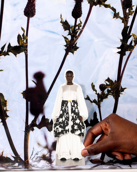J.W. Anderson at London Spring 2021 [tree,plant,flower,adaptation,hand,photography,vacation,wildflower,gesture,jw anderson,j.w.,fashion,clothing,tree,flower,plant,disobedient bodies,london fashion week,fashion show,j.w. anderson,disobedient bodies: jw anderson at the hepworth wakefield,fashion,ready-to-wear,jw anderson,clothing,fashion show,fashion week,model,the business of fashion]