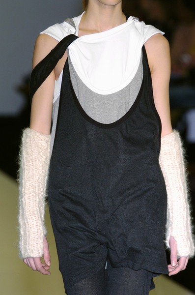Jens Laugesen at London Fall 2005 (Details)