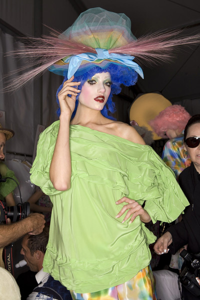 John Galliano at Paris Spring 2009 (Backstage)