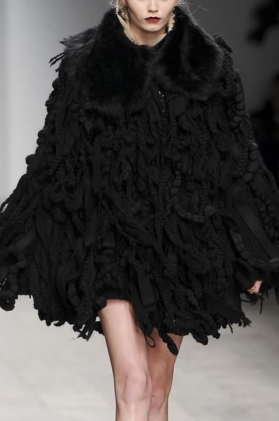 John Rocha at London Fall 2011 (Details)