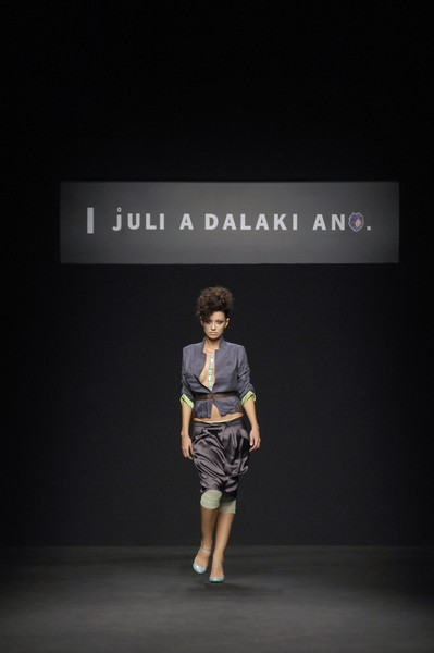 Julia Dalakian at Milan Spring 2007