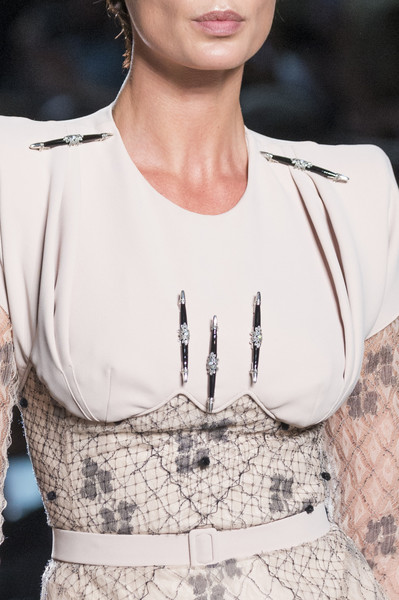 Julien Fournie at Couture Fall 2017 (Details)