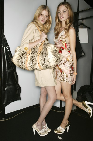Just Cavalli at Milan Spring 2007 (Backstage)