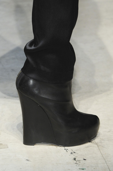Kimberly Ovitz at New York Fall 2013 (Details)