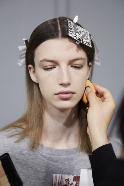 Kristina Fidelskaya at Paris Fall 2020 (Backstage)