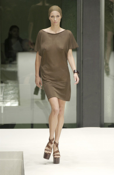 Krizia Top at Milan Spring 2002