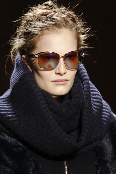 Laura Biagiotti at Milan Fall 2012 (Details)
