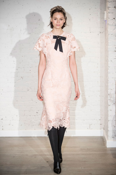 Lela Rose at New York Fall 2017 [fashion model,fashion,clothing,fashion show,white,runway,dress,shoulder,haute couture,cocktail dress,cocktail dress,gown,dress,wedding dress,fashion,runway,haute couture,model,new york fashion week,fashion show,wedding dress,runway,fashion show,cocktail dress,haute couture,fashion,gown,supermodel,model,socialite]