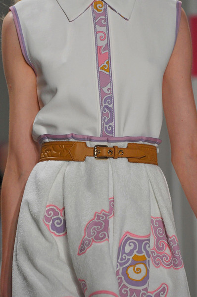Leonard at Paris Spring 2012 (Details)