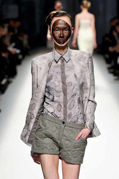 Lie Sang Bong at Paris Fall 2012