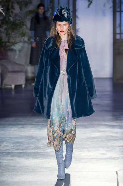 Luisa Beccaria at Milan Fall 2019