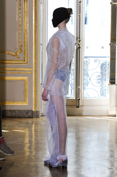 Maison Martin Margiela at Couture Fall 2011 [image,fashion,clothing,haute couture,shoulder,fashion model,dress,runway,gown,fashion design,couture fall,fashion,runway,maison martin margiela,haute couture,model,clothing,fashion model,fashion show,runway,fashion,haute couture,fashion show,maison margiela,model,livingly,image]