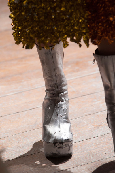 Maison Martin Margiela at Couture Spring 2013 (Details)