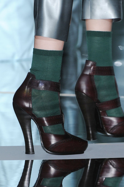 Marc Jacobs at New York Fall 2011 (Details)