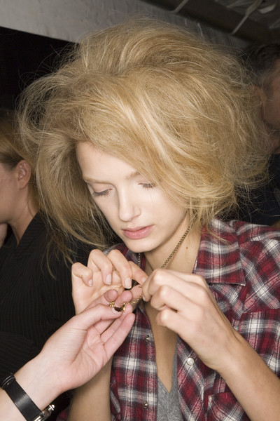 Marc Jacobs at New York Spring 2008 (Backstage)