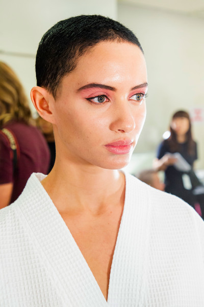 Marc Jacobs at New York Spring 2019 (Backstage) [hair,face,eyebrow,hairstyle,skin,fashion,lip,chin,beauty,forehead,marc jacobs,socialite,madame figaro,fashion,beauty,hairstyle,eyebrow,skin,new york fashion week,fashion show,marc jacobs,fashion,ready-to-wear,fashion show,madame figaro,beauty,socialite,spring,jpeg]