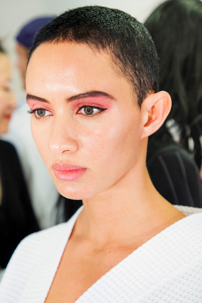 Marc Jacobs at New York Spring 2019 (Backstage) [hair,face,eyebrow,hairstyle,forehead,chin,lip,skin,beauty,black hair,supermodel,marc jacobs,amanda murphy,beauty,fashion,fashion week,model,hairstyle,new york fashion week,milan fashion week,amanda murphy,fashion week,fashion,milan fashion week,new york fashion week,beauty,model,supermodel,fashion show]