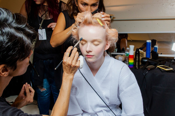 Marc Jacobs at New York Spring 2019 (Backstage) [hair,face,makeup artist,hairstyle,beauty,fashion,fashion design,beauty salon,hairdresser,event,socialite,marc jacobs,fashion,haute couture,fashion week,design,hairstyle,beauty,fashion design,new york fashion week,haute couture,\u5929\u5929\u5feb\u5831,booneville/baldwyn airport,fashion week,fashion,socialite,\u9580\u6d3e,design,week,month]