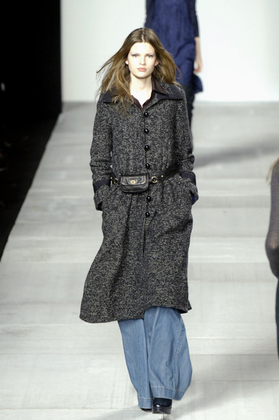 Marc by Marc Jacobs at New York Fall 2006 [fashion show,fashion model,clothing,fashion,runway,outerwear,coat,overcoat,public event,human,outerwear,socialite,marc by marc jacobs,fashion,runway,model,coat,winter,new york fashion week,fashion show,runway,fashion show,fashion,model,socialite,winter]