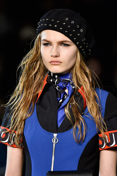 Marc by Marc Jacobs at New York Fall 2015 (Details) [hair,clothing,beauty,lip,fashion,hairstyle,blond,long hair,electric blue,model,blond,fashion accessory,supermodel,hair,fashion,model,brown hair,hairstyle,hat,new york fashion week,hat,hair m,model,fashion accessory,fashion,brown hair,supermodel,socialite,blond,hair]