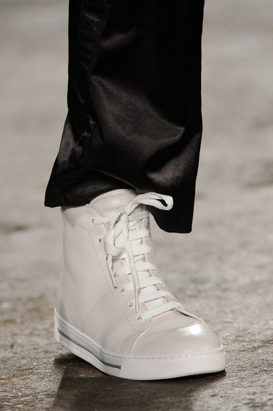 Marc by Marc Jacobs at New York Spring 2014 (Details) [shoe,footwear,white,fashion,plimsoll shoe,street fashion,sneakers,boot,athletic shoe,haute couture,sneakers,shoe,plimsoll shoe,fashion accessory,marc by marc jacobs,fashion,clothing,street fashion,model,new york fashion week,fashion,sneakers,shoe,ready-to-wear,clothing,marc jacobs,fashion accessory,model]