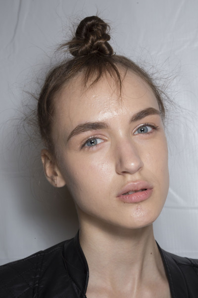 Marc by Marc Jacobs at New York Spring 2015 (Backstage) [portrait,face,hair,eyebrow,forehead,chin,hairstyle,nose,head,lip,skin,marc by marc jacobs,forehead,fashion,lips,hairstyle,nose,beauty.m,new york fashion week,close-up,forehead,portrait,fashion,lips,close-up,beauty.m]