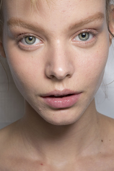 Marc by Marc Jacobs at New York Spring 2015 (Backstage) [face,eyebrow,hair,lip,skin,cheek,nose,chin,forehead,close-up,lipstick,face,fashion,lips,beauty,makeup,eye shadow,skin,nose,new york fashion week,lips,facial makeup,face,lipstick,fashion,beauty,glitter,eye shadow,dior]