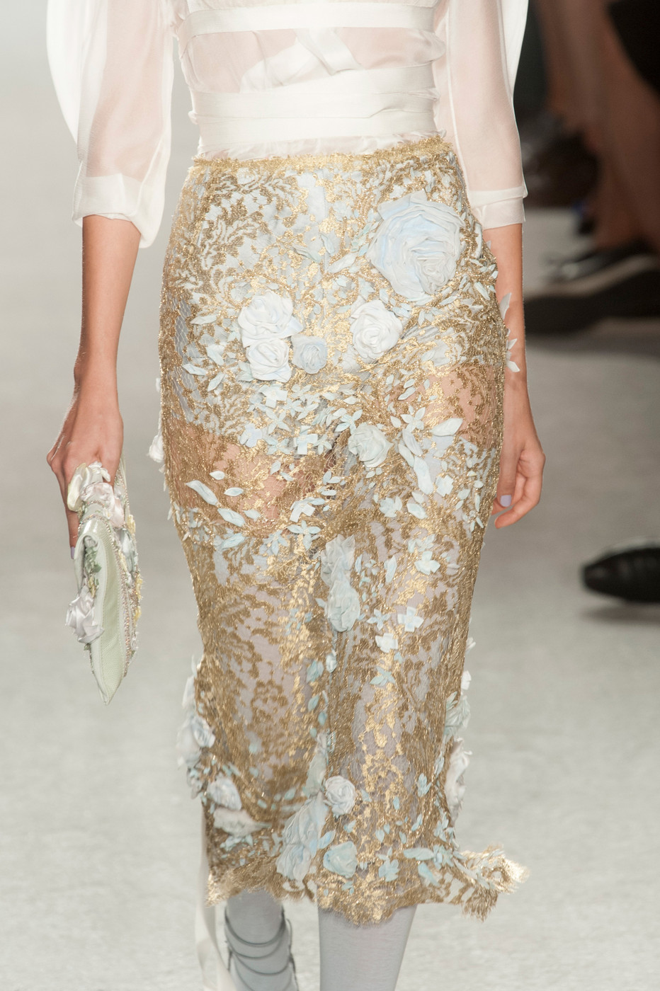 The Marchesa Spring 2014 RTW Collection is Slinky ...   Marchesa Spring 2014