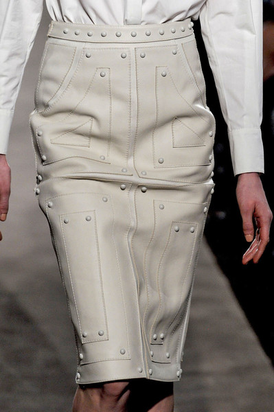 Marco de Vincenzo at Milan Fall 2012 (Details)