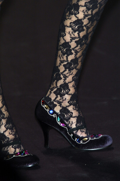 Mariella Burani at Milan Fall 2005 (Details)