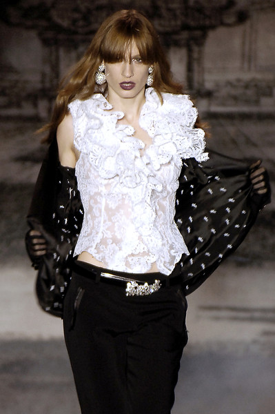 Mariella Burani at Milan Fall 2006