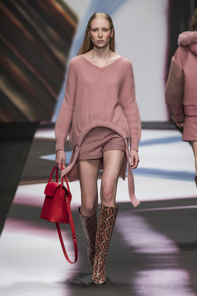 Maryling at Milan Fall 2019 [fashion model,fashion show,fashion,clothing,runway,red,shoulder,footwear,beauty,leg,fashion,clothing,runway,fashion week,maryling,vogue,red,maryling,milan fashion week,fashion show,milan fashion week,ready-to-wear,fashion,clothing,fashion show,runway,fashion week,vogue,maryling,autumn]