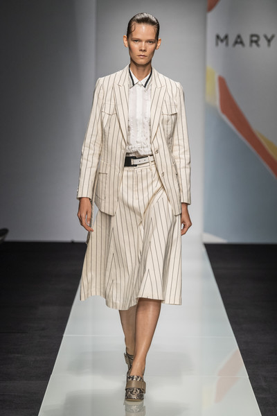 Maryling at Milan Spring 2020 [fashion model,runway,fashion,fashion show,clothing,fashion design,outerwear,public event,dress,human,fashion,maryling,runway,fashion week,model,clothing,fashion design,milan,milan fashion week,fashion show,runway,fashion show,milan,fashion,fashion week,ready-to-wear,milan fashion week,milano moda uomo,model,haute couture]