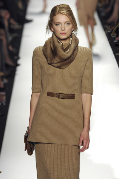 Michael Kors at New York Fall 2008 [fashion model,fashion show,fashion,runway,clothing,neck,hairstyle,brown,long hair,public event,supermodel,socialite,michael kors,fashion,runway,model,fashion model,haute couture,new york fashion week,fashion show,runway,fashion show,model,fashion,supermodel,haute couture,socialite]