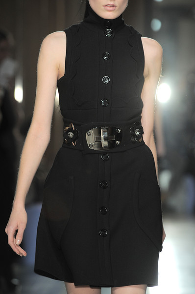Miu Miu at Paris Fall 2010 (Details)