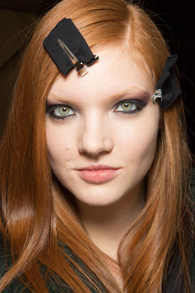 Monique Lhuillier at New York Fall 2015 (Backstage) [hair,face,eyebrow,forehead,hairstyle,lip,beauty,chin,blond,skin,blond,monique lhuillier,hair,hair,red hair,brown hair,hairstyle,bangs,eyebrow,new york fashion week,bangs,layered hair,brown hair,red hair,blond,long hair,hair,\u044f\u0440\u043a\u043e\u0435 \u043d\u0430\u0441\u0442\u0440\u043e\u0435\u043d\u0438\u0435,hair,model]