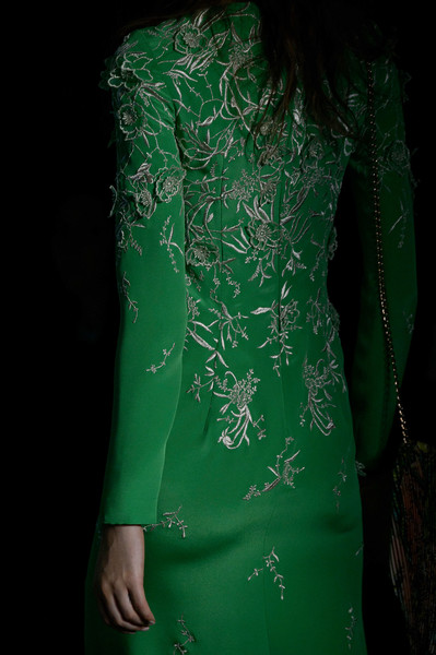 Monique Lhuillier at New York Fall 2016 (Details) [green,clothing,dress,formal wear,cocktail dress,sleeve,textile,neck,dress,cocktail dress,green,monique lhuillier,silk,clothing,sleeve,textile,neck,new york fashion week,dress,silk,green]