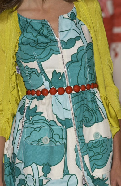 Moschino Cheap & Chic at Milan Spring 2004 (Details)