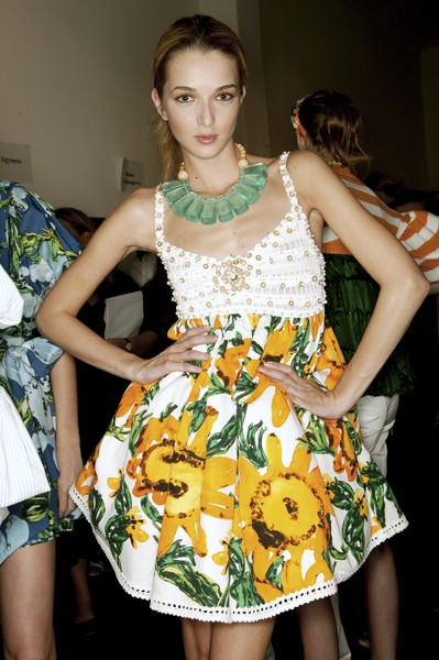 Moschino Cheap & Chic at Milan Spring 2007 (Backstage)