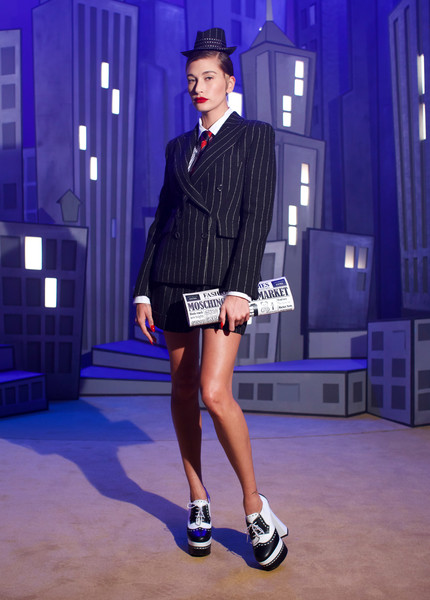 Moschino at Milan Fall 2021 [footwear,shoe,blue,leg,fashion,runway,waist,thigh,street fashion,knee,shoe,dress,outerwear,fashion,wear,suit,moschino,leg,milan fashion week,fashion show,fashion,formal wear,suit,shoe,dress,fashion show,outerwear / m,stx it20 risk.5rv nr eo,cobalt blue / m]