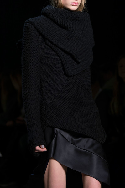 Narciso Rodriguez at New York Fall 2016 (Details) [fashion model,fashion,clothing,fashion show,shoulder,neck,runway,outerwear,model,joint,supermodel,socialite,narciso rodriguez,fashion,runway,model,fashion model,haute couture,new york fashion week,fashion show,runway,fashion show,model,fashion,supermodel,haute couture,socialite]