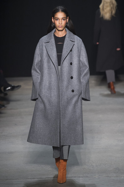 Narciso Rodriguez at New York Fall 2017 [autumn,fashion show,fashion,clothing,runway,fashion model,overcoat,coat,outerwear,human,public event,narciso rodriguez,runway,fashion,fashion week,clothing,fashion model,coat,new york fashion week,fashion show,runway,fashion show,narciso rodriguez,fashion week,fashion,new york fashion week,autumn,ready-to-wear,2017,season]