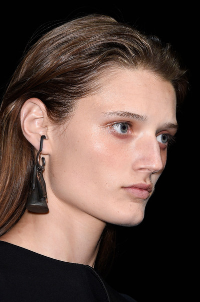 Narciso Rodriguez at New York Spring 2016 (Details) [hair,face,ear,chin,eyebrow,hairstyle,cheek,nose,beauty,neck,narciso rodriguez,fashion,name,beauty,hairstyle,face,ear,eyebrow,new york,new york fashion week,call me by your name,72nd british academy film awards,elio perlman,fashion,new york,joias,just jared,model,socialite,beauty]
