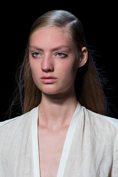 Narciso Rodriguez at New York Spring 2017 (Details) [hair,face,fashion,hairstyle,eyebrow,beauty,lip,skin,chin,blond,supermodel,narciso rodriguez,hairstyle,beauty,head hair,model,runway,fashion,new york fashion week,fashion show,linz,kulturplattform o\u00f6,beauty,hairstyle,model,runway,fashion show,head hair,supermodel,fashion]