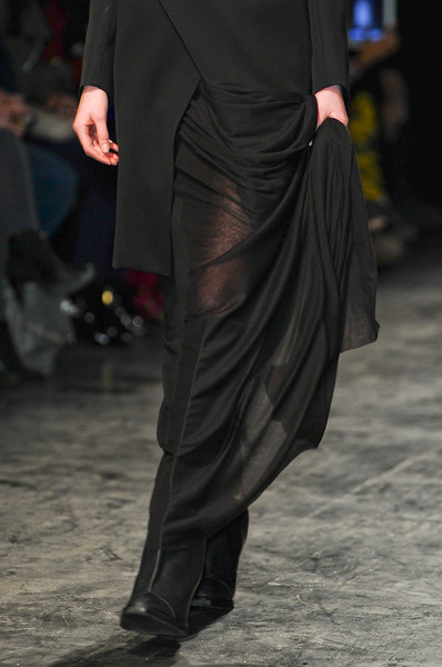Nicolas Andreas Taralis at Paris Fall 2012 (Details)