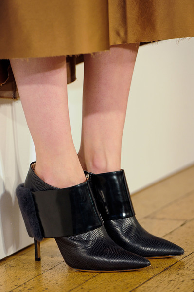 Nicole Farhi at London Fall 2014 (Details) [footwear,shoe,high heels,leg,human leg,ankle,fashion,joint,boot,human body,shoe,shoe,footwear,nicole farhi,high heels,fashion,ankle,joint,sandal,london fashion week,shoe,high-heeled shoe,sandal]