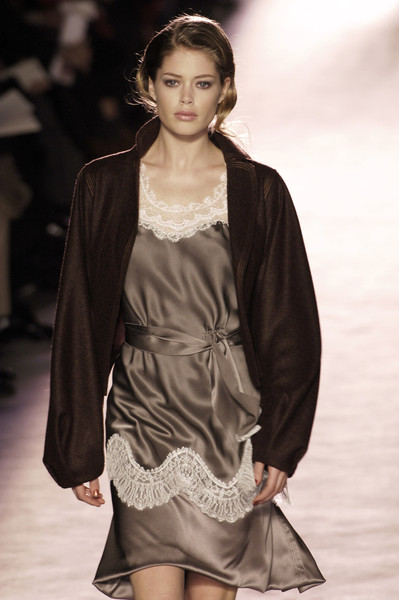 Nina Ricci at Paris Fall 2005