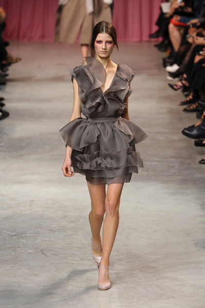 Nina Ricci at Paris Spring 2011